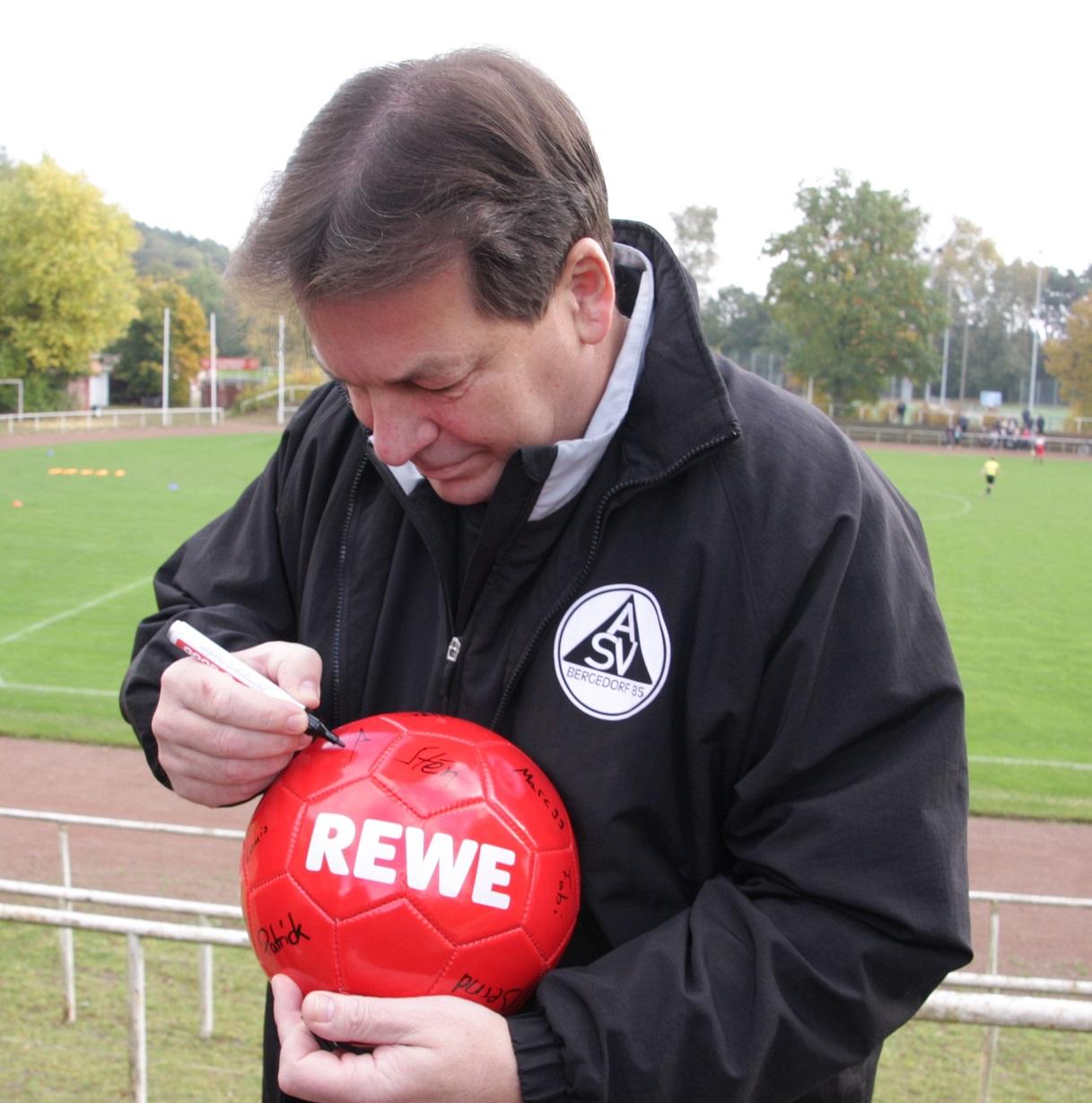 REWE-Ball wird verlost